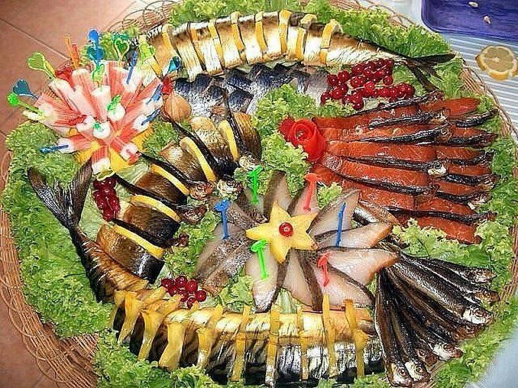 Как украшается нарезка рыбная?