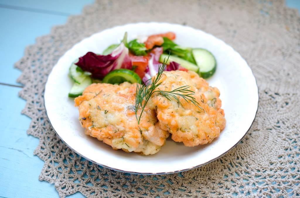 Котлеты из лосося: рецепты из готового фарша, как приготовить в духовке с лимоном