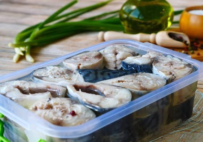 Скумбрия соленая — 7 очень вкусных рецептов в домашних условиях