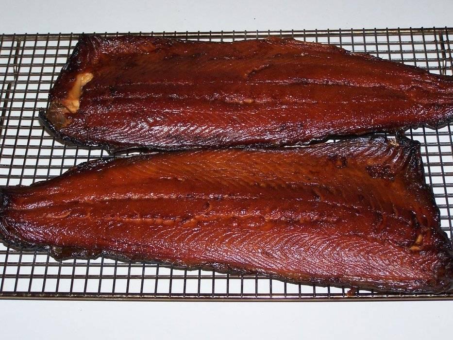 Как сделать соленую рыбу менее соленой. что делать, если рыба пересолена? как спасти продукт? по степени солености рыба делится на группы