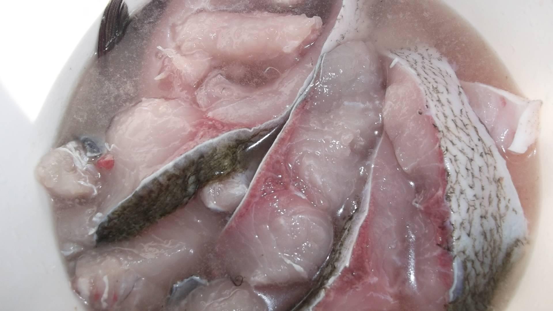 Способы вымачивания пересоленной селедки. как сделать рыбу менее соленой
