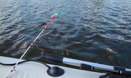 Ловля судака в отвес способы ловли с лодки