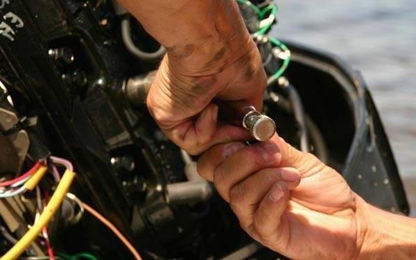 Консервация лодочного мотора на зиму. обзор + видео