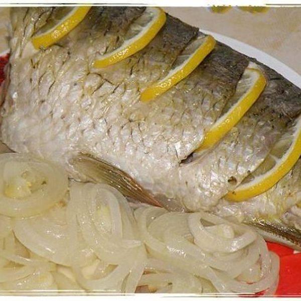 Карп в духовке в фольге -  рецепты запеченной рыбы целиком, в сметане, с картошкой и овощами. как приготовить и сколько запекать карпа в духовке в фольге?