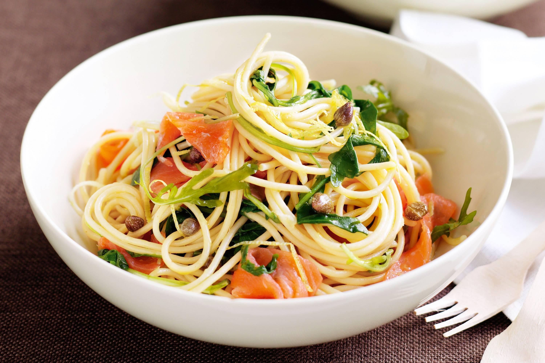 Паста с лососем в сливочном соусе — рецепты, как приготовить спагетти с копченой рыбой