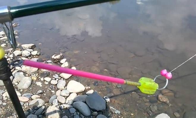 Монтаж фидерной оснастки для ловли на течении, фидер на течении