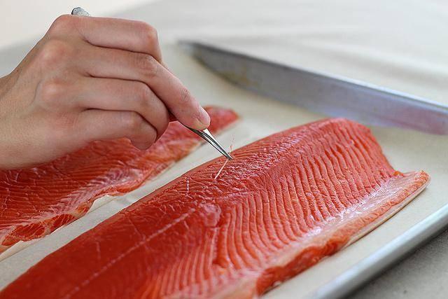 Как правильно почистить и разделать рыбу