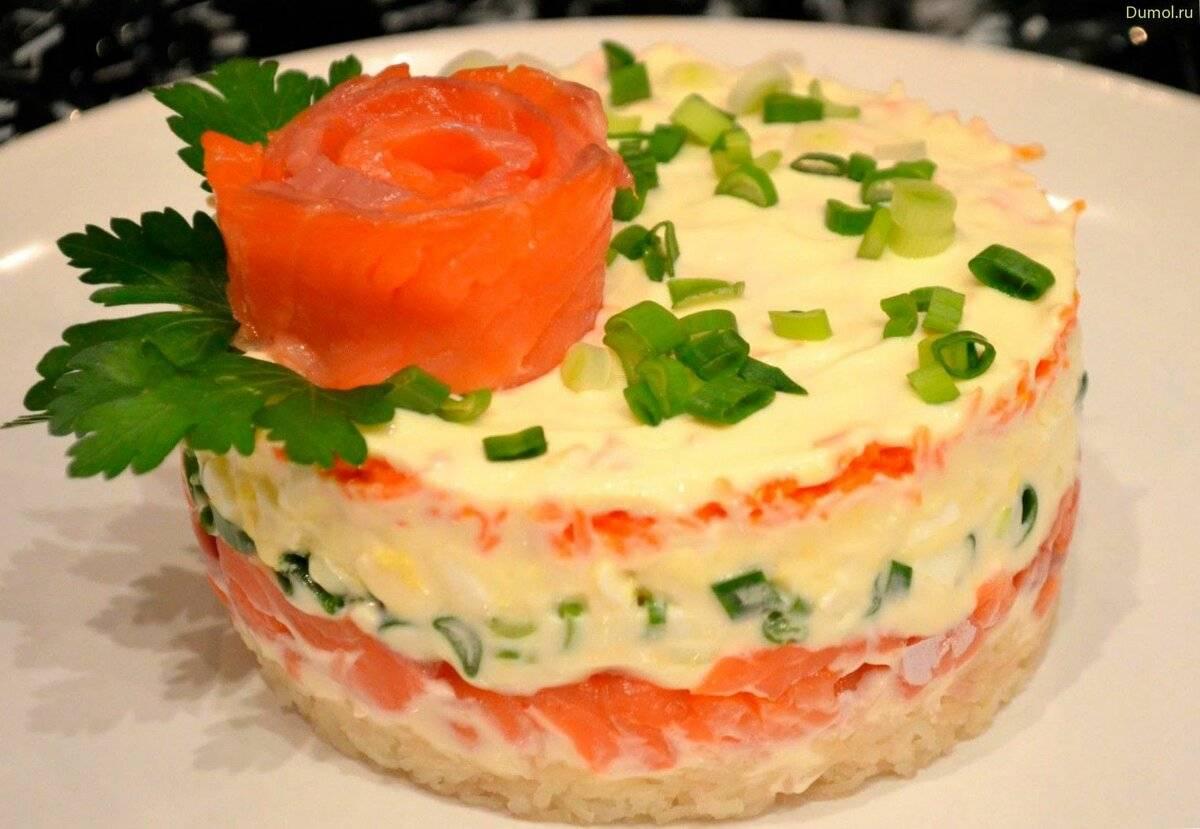 Салат с красной рыбой - проверенные рецепты. как правильно приготовить салат с красной рыбой.