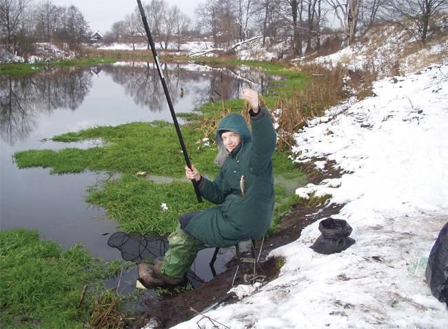 Как выполнить монтаж оснастки болонской удочки: особенности ловли для начинающих рыбаков