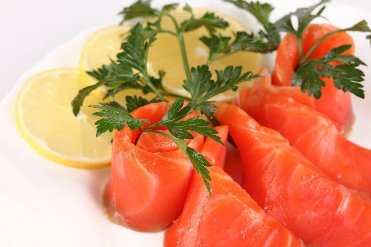 Как вкусно засолить красную рыбу: подробные рецепты с фото — самый смак