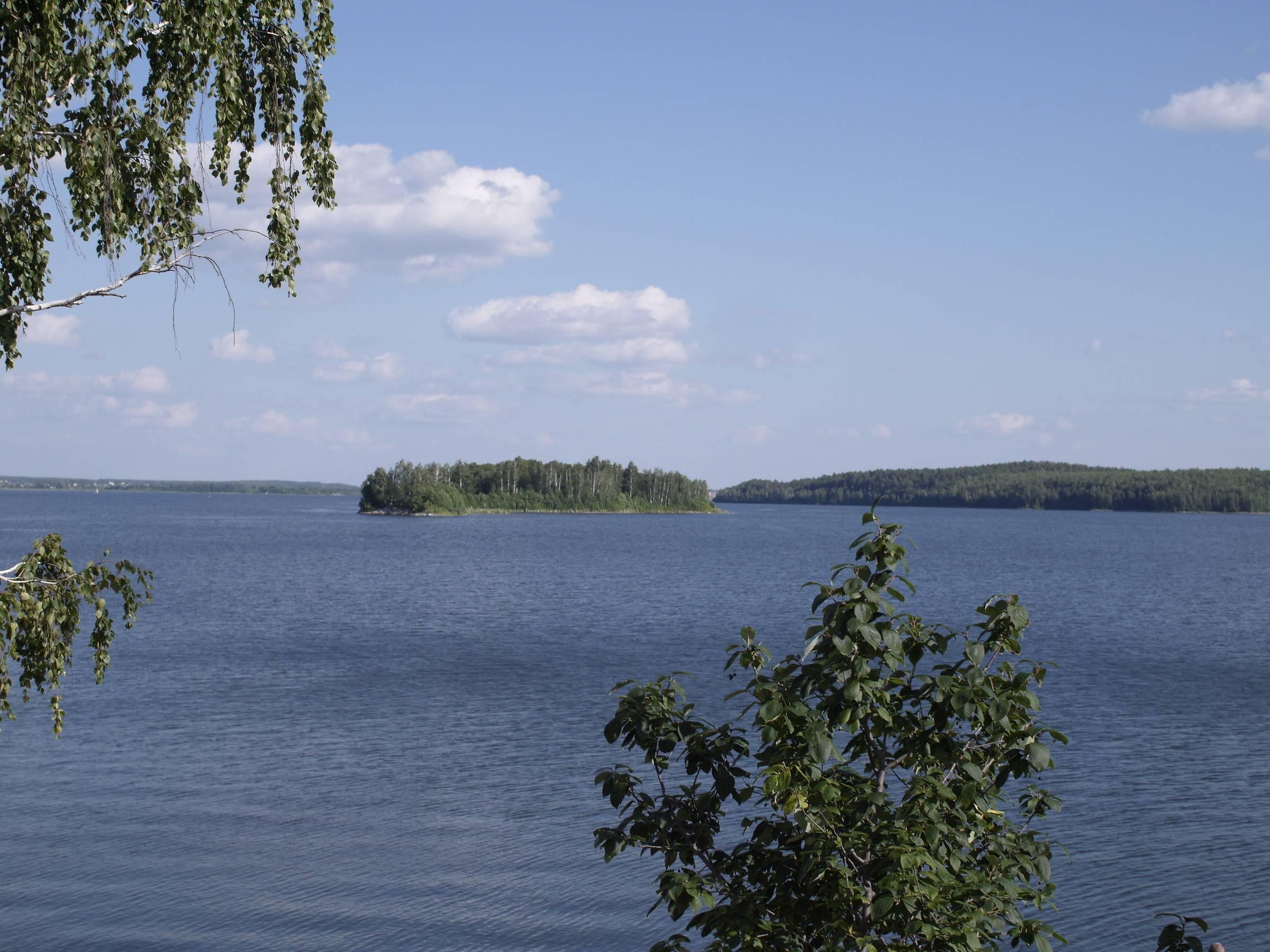 Озеро сунгуль. базы отдыха, рыбалка, отдых на озере, отзывы, погода, как доехать, фото, видео – туристер. ру