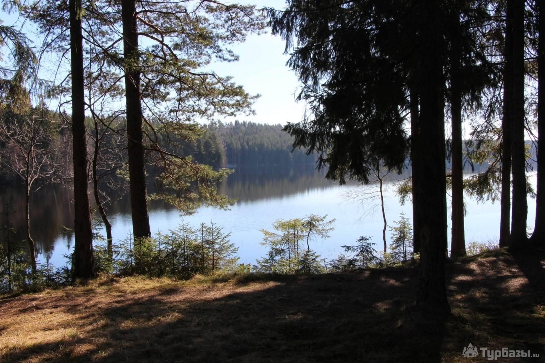 Озеро комонь