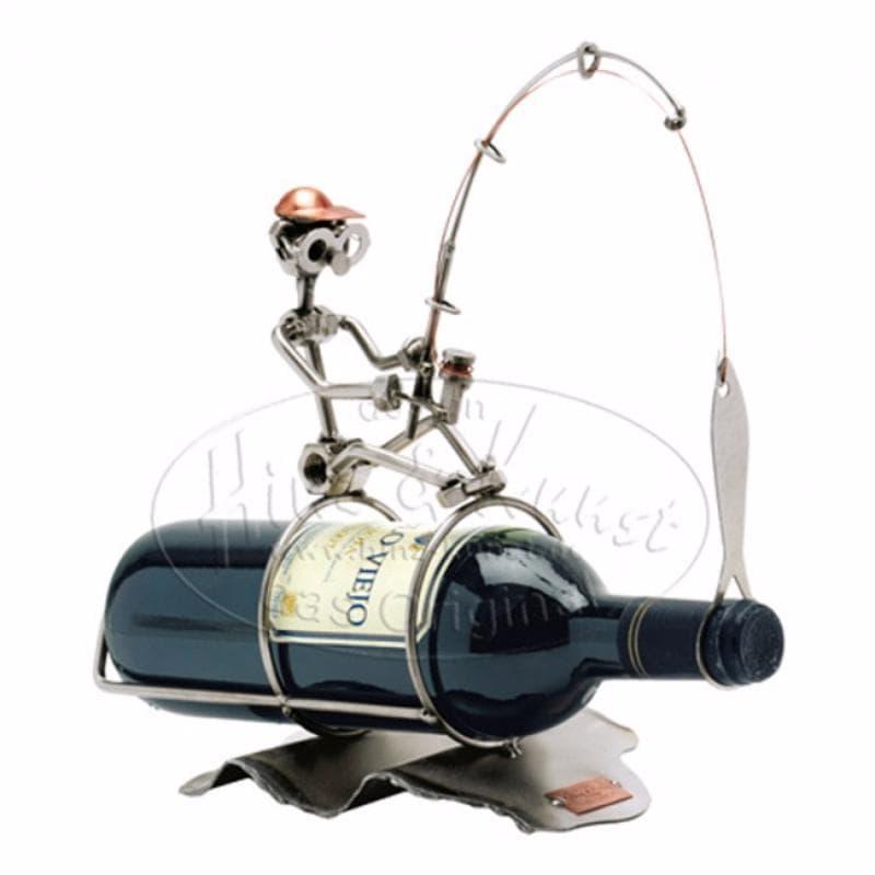 Какой подарок преподнести рыбаку в день рождения?