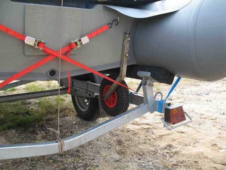 Как закрепить лодку пвх на крыше автомобиля: крепление и советы
