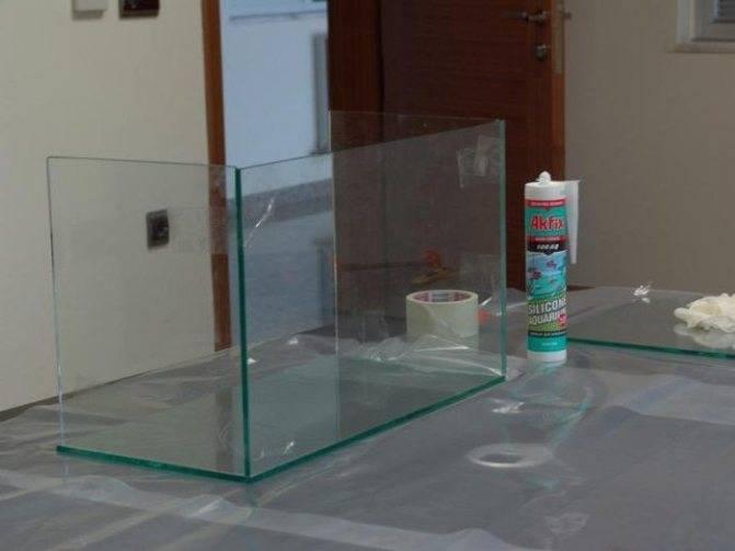 Каким аквариумным сифоном почистить грунт?