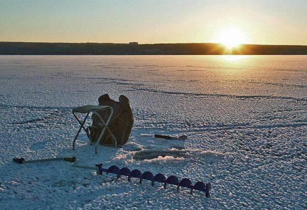 Куда лучше поехать на рыбалку в карелии: зимние и летние рыболовные туры