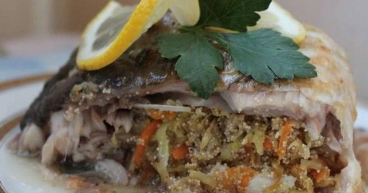 Карп, запеченный в духовке: как вкусно приготовить рыбу