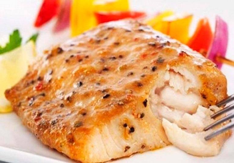 Как правильно пожарить рыбу минтай на сковороде, рецепты с фото