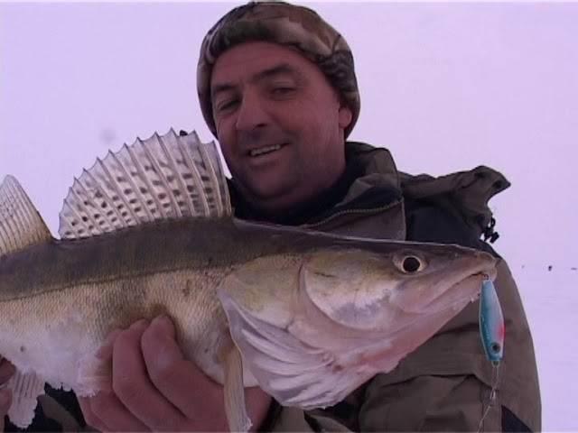 Казанские рыбаки просят отдать им участок набережной — реальное время