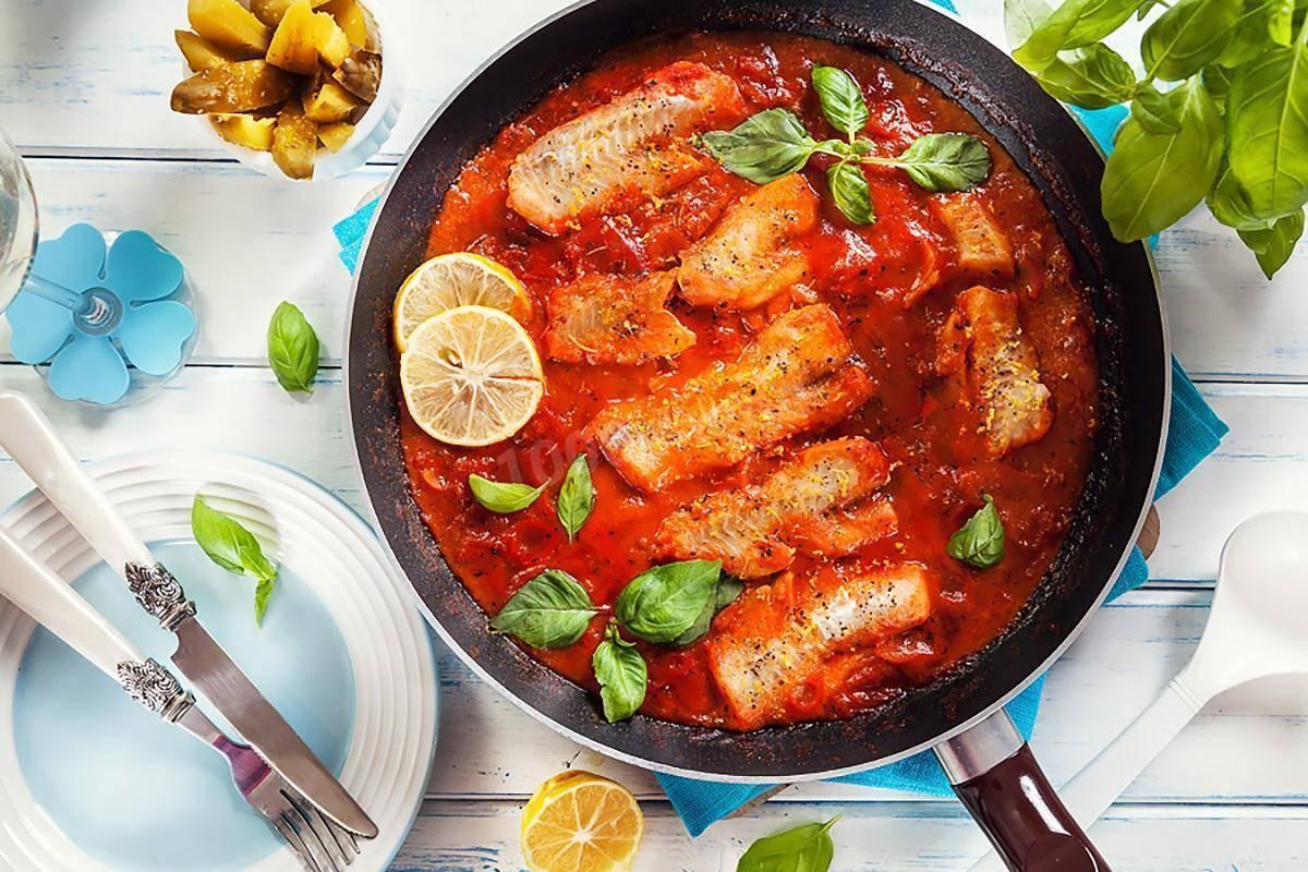 Красноглазка, запечённая в сметане – кулинарный рецепт