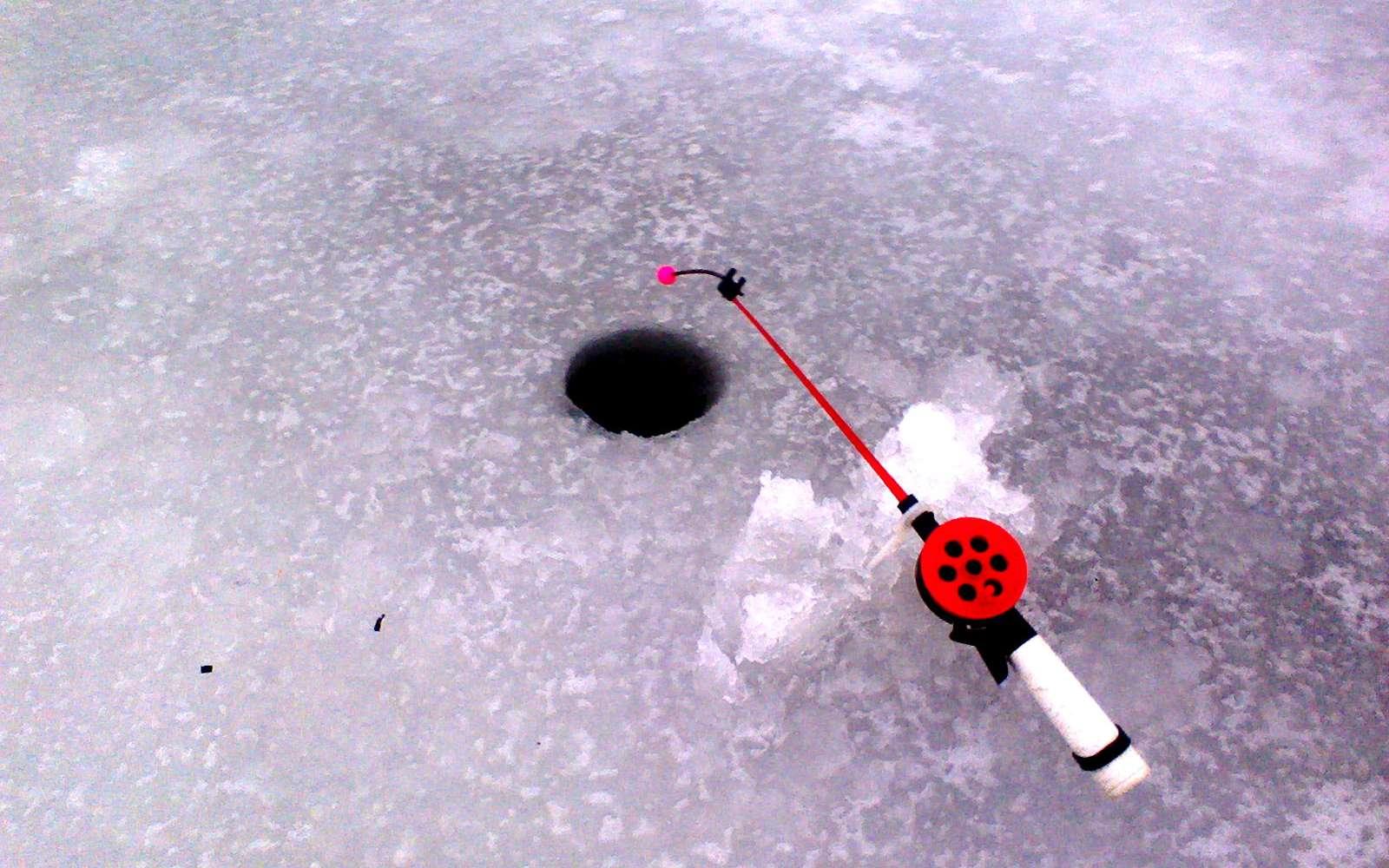 Ловля леща на течении зимой популярными снастями ловля леща на течении зимой популярными снастями