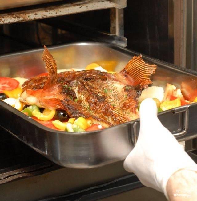 Рыба, запеченная в духовке: 10 вкусных рецептов