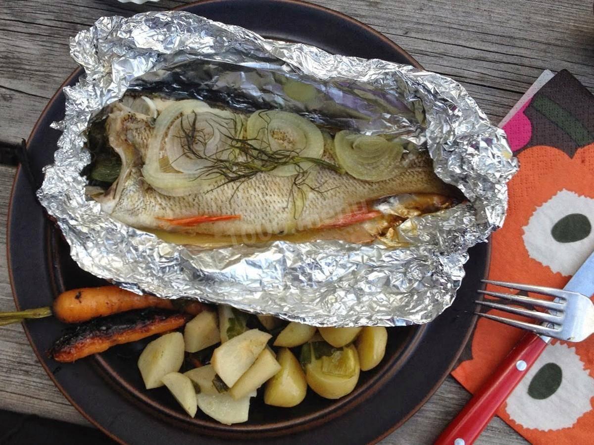 """Рыба в фольге """"для любителей мангала"""" – кулинарный рецепт"""