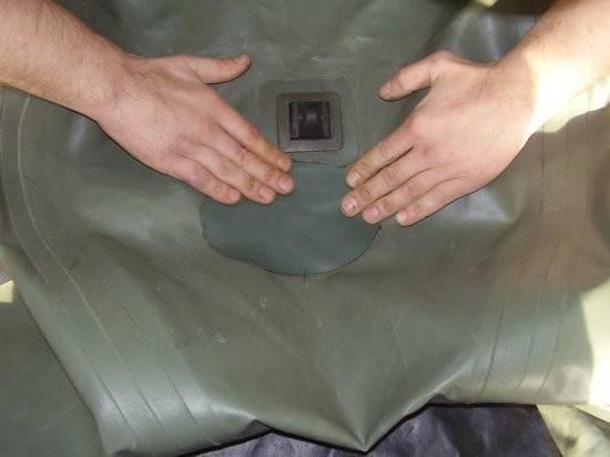 Как устранить повреждения резиновой лодки: холодный и горячий способы ремонта своими руками, полезные советы