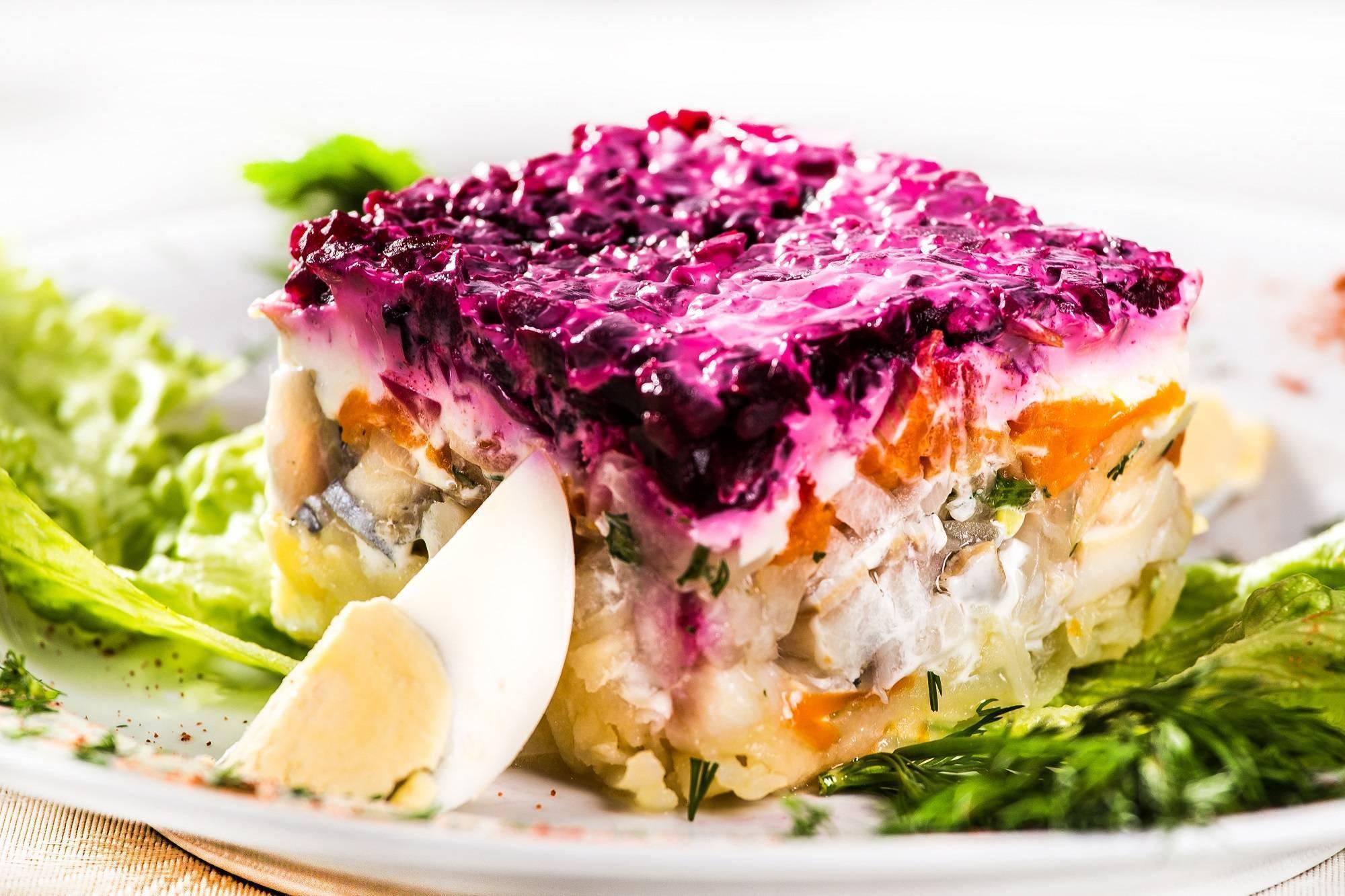 Рыба под шубой запеченная в духовке классический рецепт