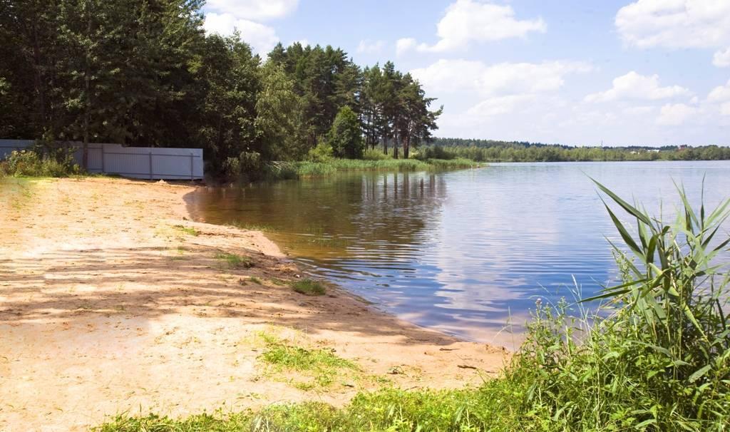 Торбеево озеро. база отдыха, рыбалка, отели рядом, пляж, фото, видео, как добраться - туристер. ру