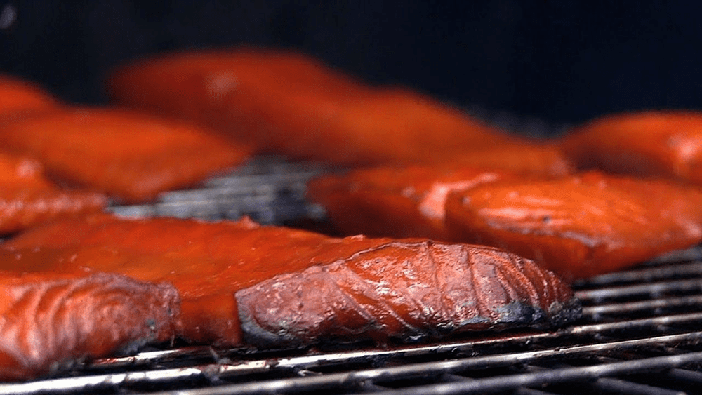 Копченая плотва: горячий и холодный методы приготовления