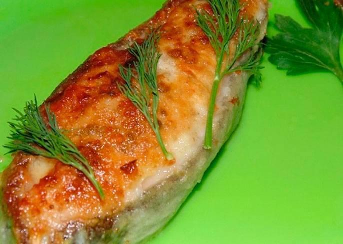 Стейки зубатки в духовке: 5 простых рецептов, советы
