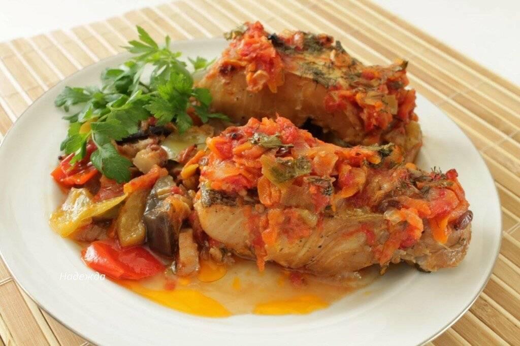 Рыба тушеная с морковью и луком: рецепты, как правильно тушить