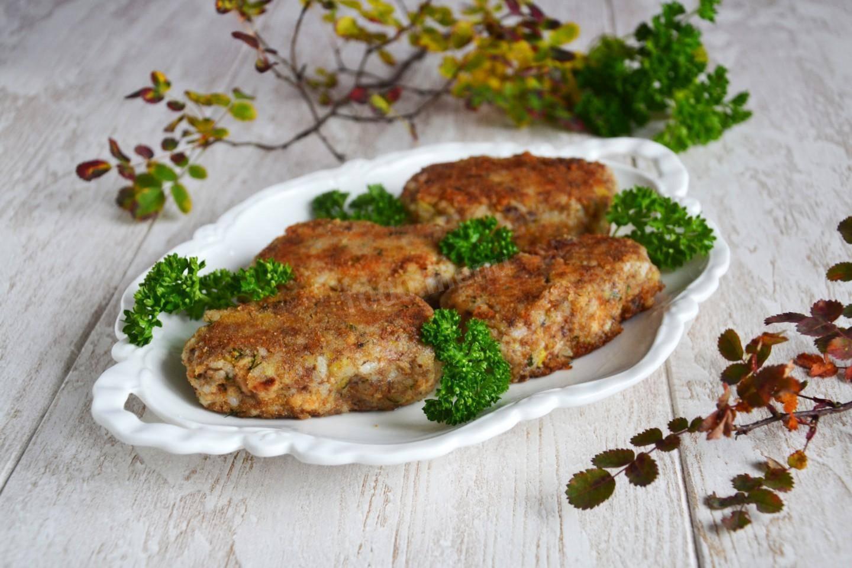Котлеты из рыбных консервов рецепты с рисом, манкой, картофелем, как приготовить из сардин, сайры