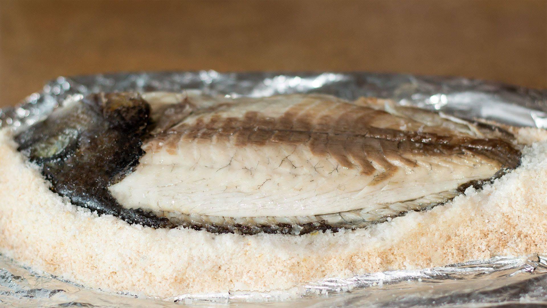 Запеченная рыба в духовке - 15 рецептов для праздничного и повседневного меню