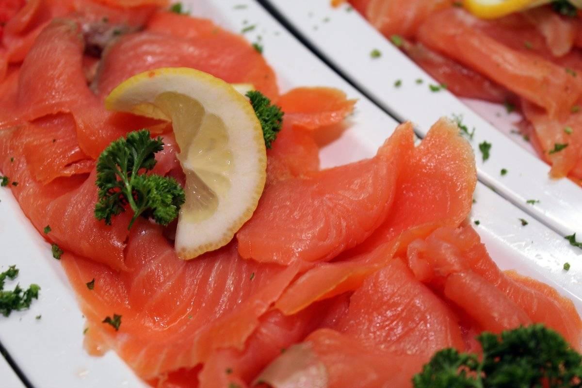 Как засолить красную рыбу в домашних условиях (3 рецепта с фото)