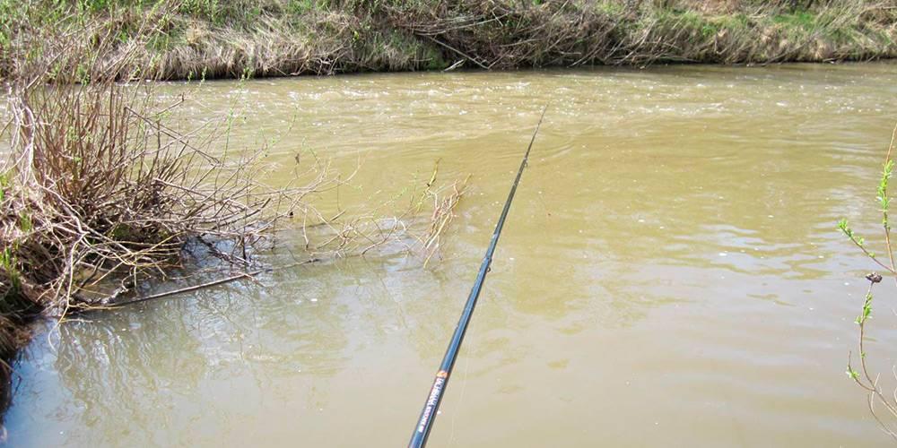Весенняя рыбалка по мутной воде - на рыбалке!