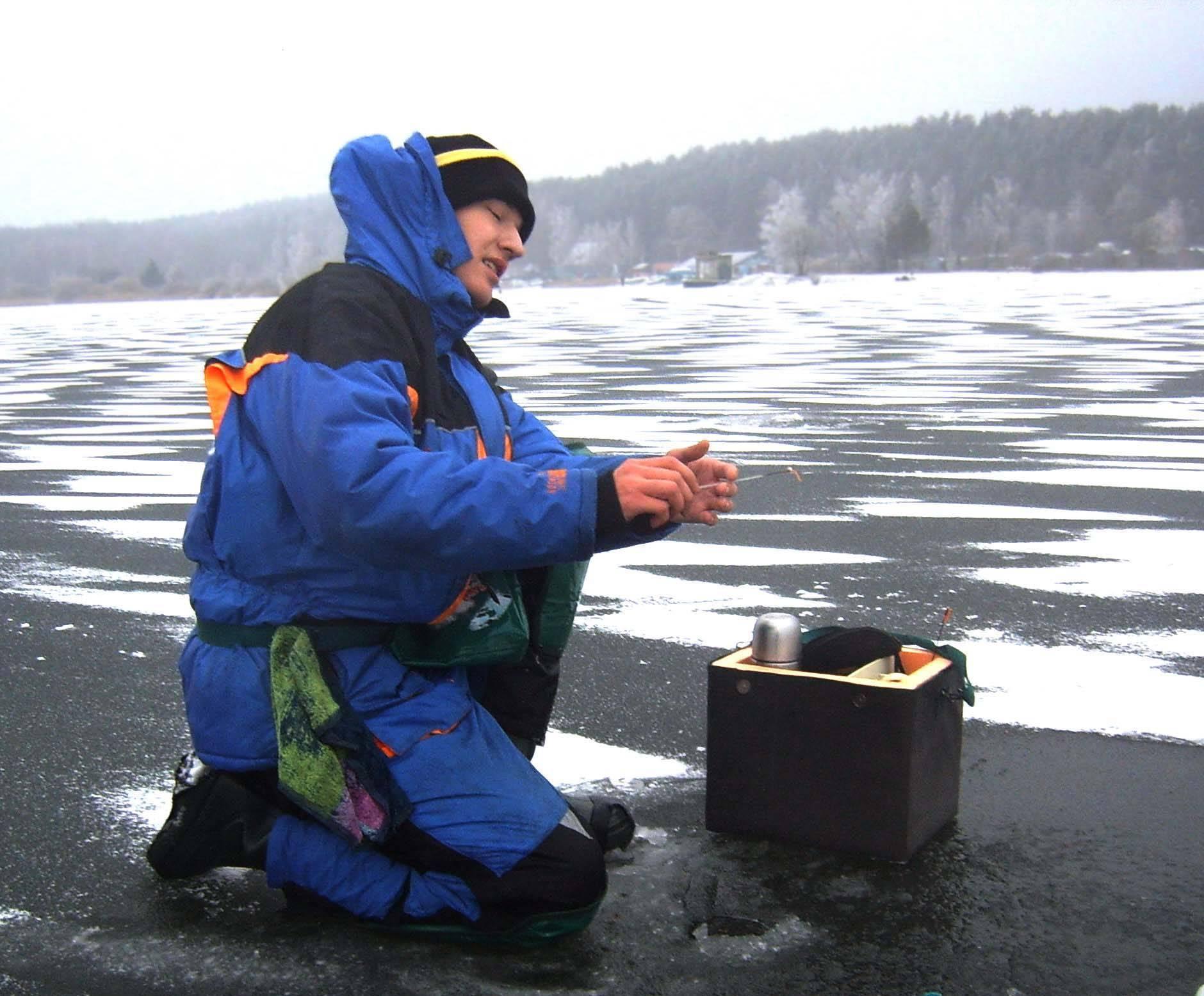 Зимняя рыбалка для начинающих: список необходимого снаряжения и экипировки, советы по подготовке