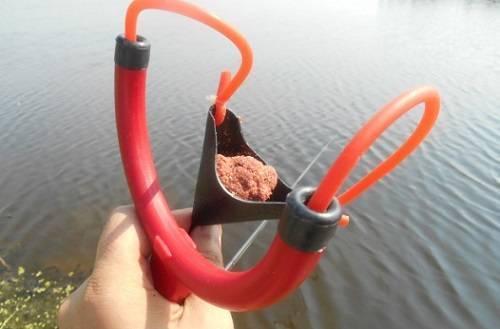 Снаряжение для карпфишинга – средства для доставки прикормки