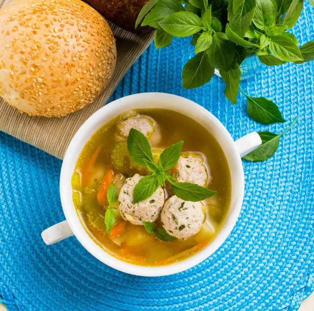 Суп с рыбными фрикадельками: рецепты с фото, полезные советы