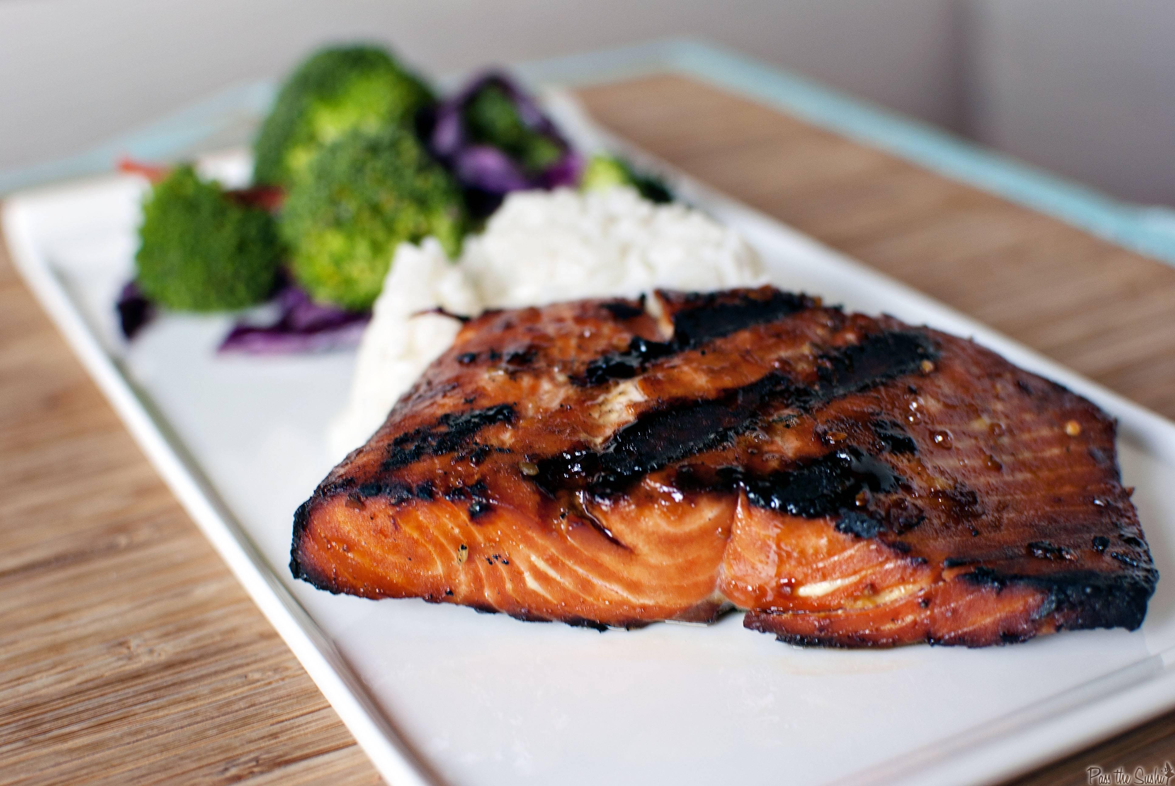 Шашлык из лосося: как приготовить на решетке или мангале на углях, рецепты маринадов