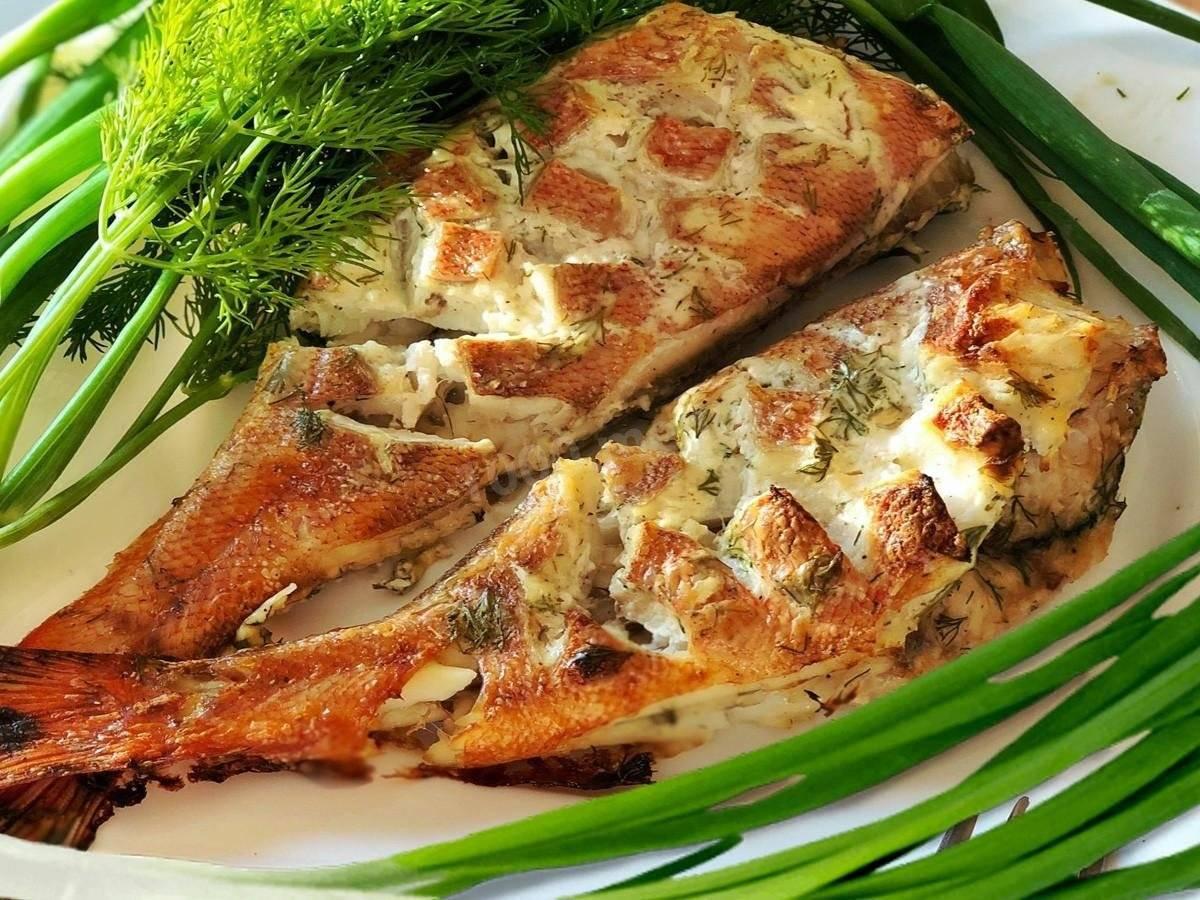 """Окунь, запеченный в духовке """"проще простого"""" – кулинарный рецепт"""