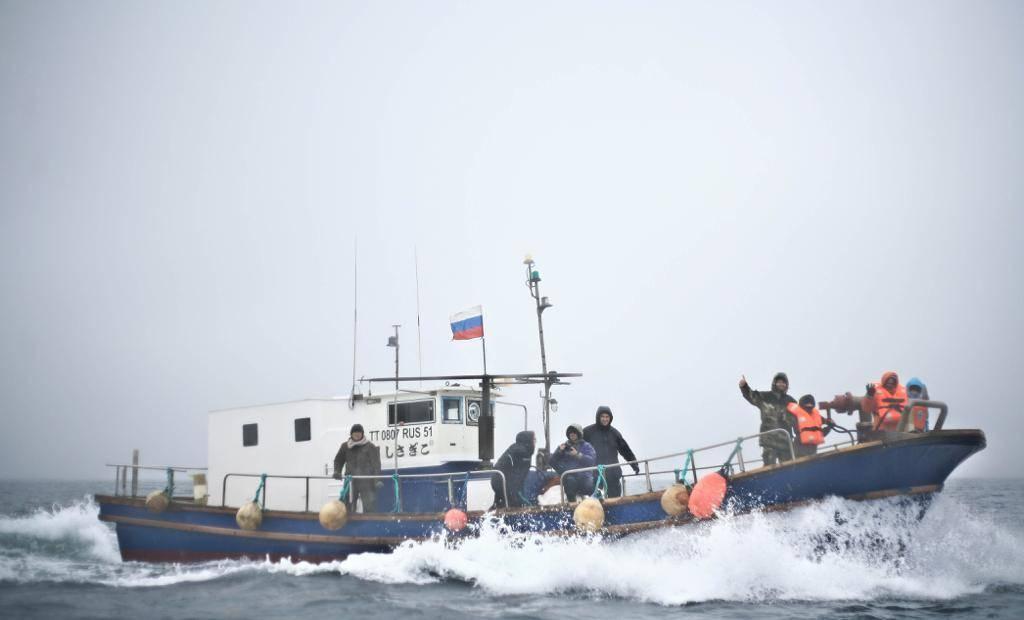 Рыбалка в мурманске и мурманской области: карты рыбных мест, какая рыба водится