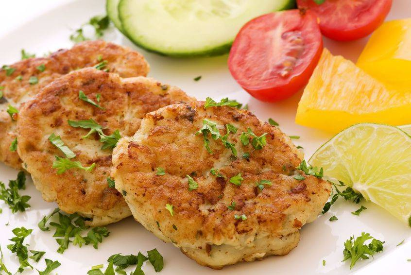 Рыбные котлеты из лосося с начинкой – кулинарный рецепт