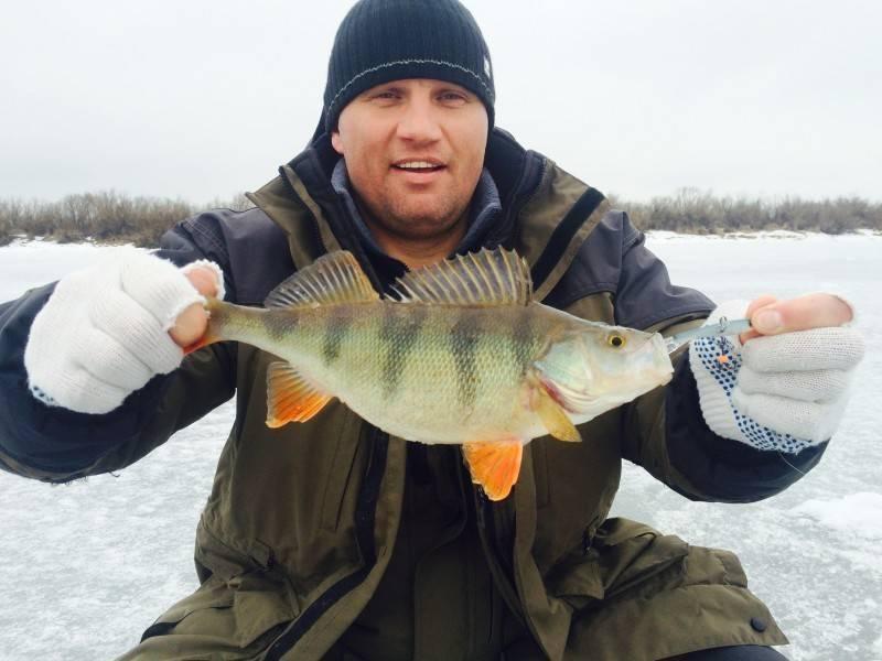 """Рыболовно - охотничья база отдыха """"русич"""" - рыбалка на ильмень озере, зимняя рыбалка базы"""