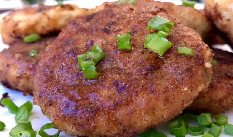 Котлеты из щуки, ну очень вкусный рецепт с салом, творогом и картошкой