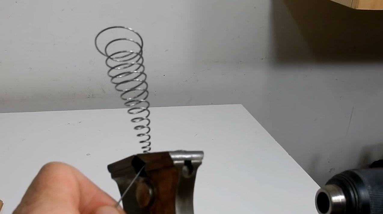 Как загнуть пружину в домашних условиях. как сделать пружину: пошаговая инструкция и рекомендации. технология холодной навивки без закалки