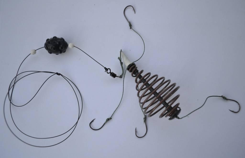 Зимний лещ на коромысло: снасть и техника ловли