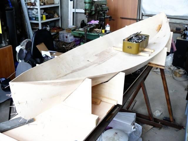 Изготовление каяка своими руками. каноэ из фанеры своими руками: описание конструкции, основы проектирования лодок и изготовление чертежи лодки каяк