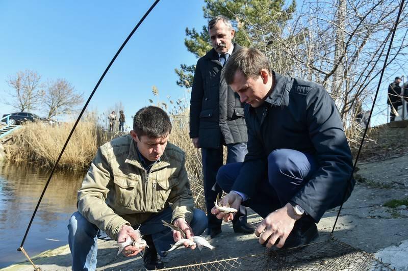 Ловля на зимовальных ямах, готовимся к рыбалке, когда сазан уходит на зимовальные ямы.
